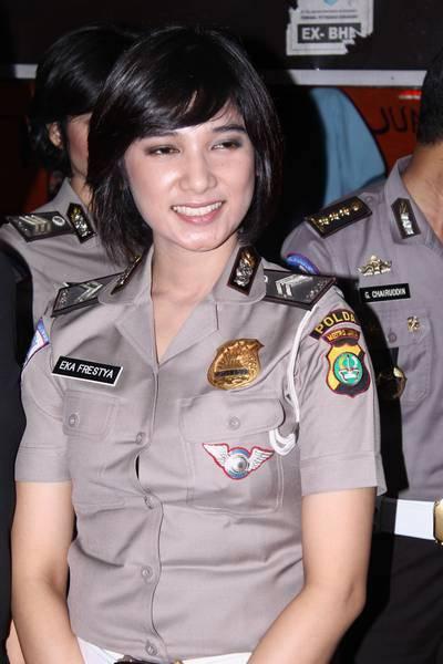 Image Result For Cewek Bugil Ngentot