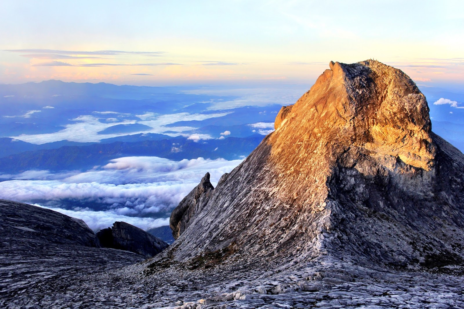 Mount Kinabalu Makes It To Lonely Planets Most Epic