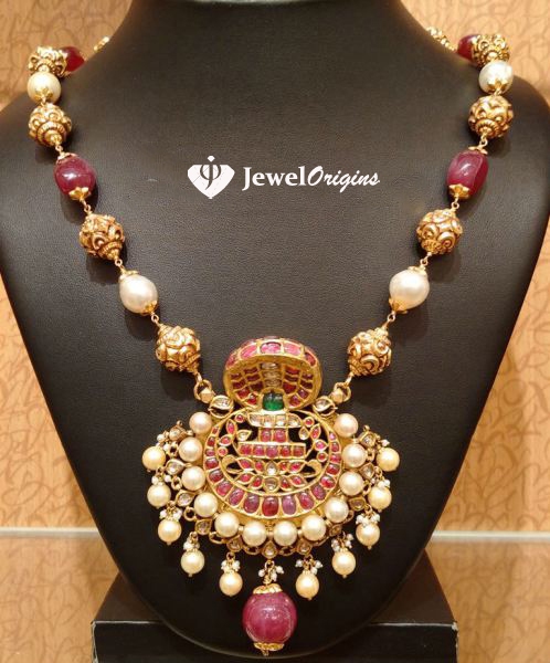 Well known jewelorigins.com-Indian Designer Gold and Diamond Jewellery,Indian  NI57