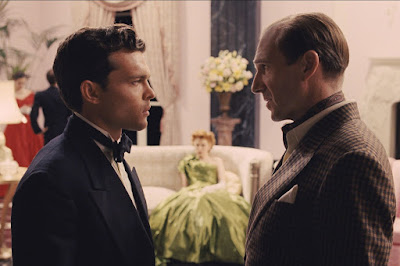 Alden Ehrenreich and Ralph Fiennes in Hail, Caesar!