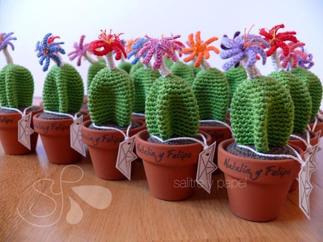 Cactus amigurumi detalles de boda