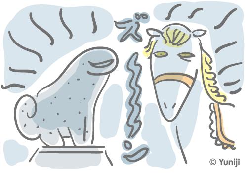 古い神社の狛犬と神馬