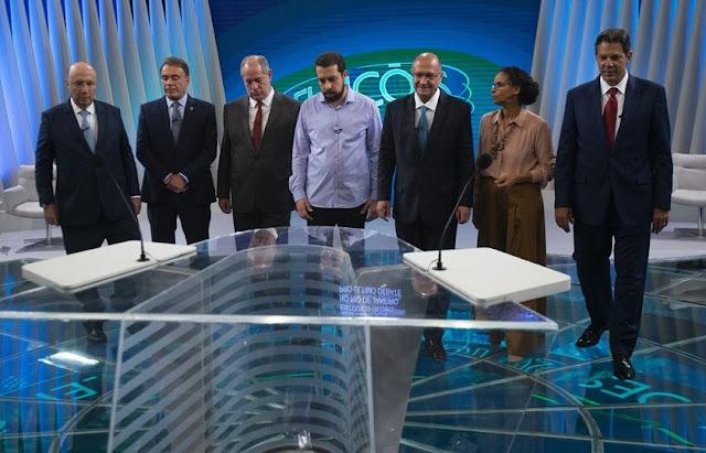 Lula não foi ao debate da Globo em 2006, preferiu fazer o comício que já estava agendado