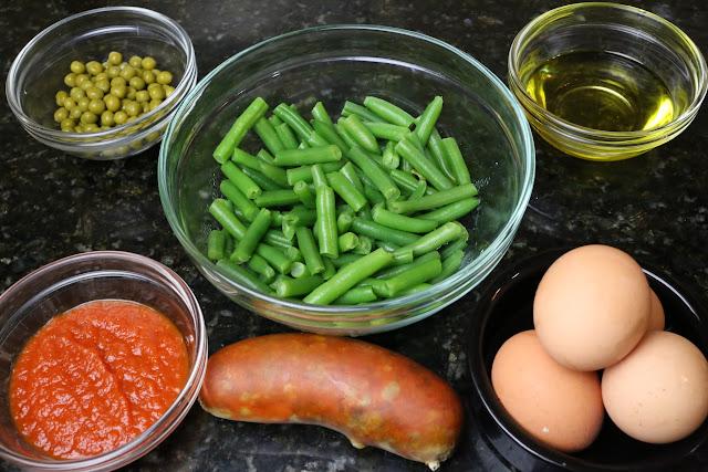 Ingredientes para huevos a la cazuela