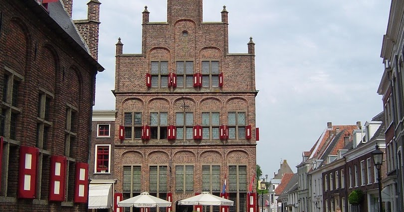 10 Most Charming Small Towns In Holland Most Beautiful