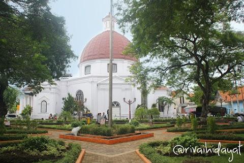 Tersesat di Kota Lama Semarang (Bagian I)