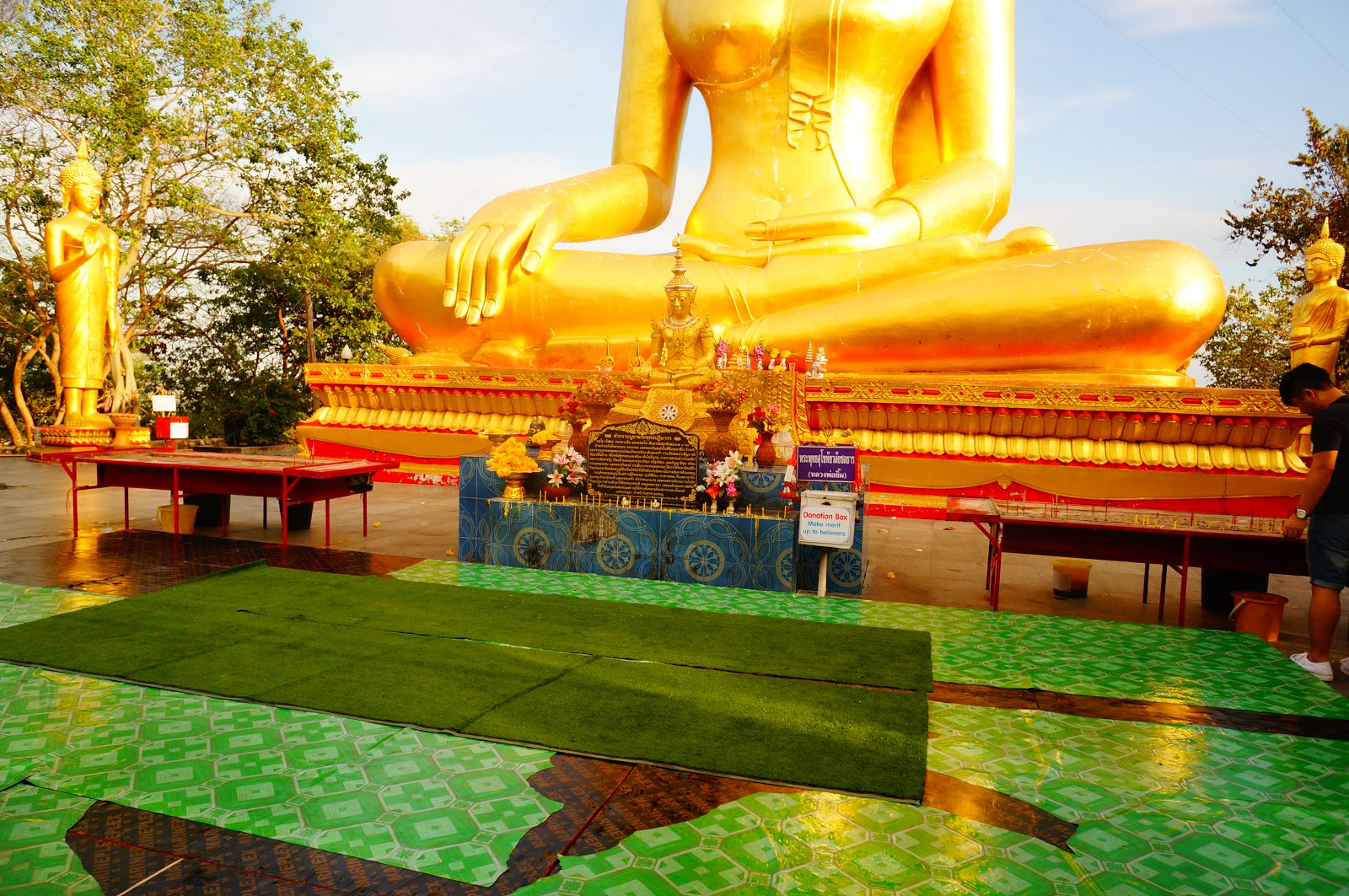 купить женские большой будда в паттайе фото эрмитаже основном, разделена