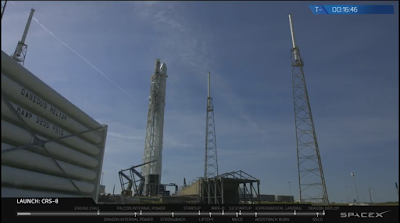 close-up of Falcon 9 on the launch pad