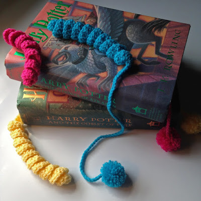 http://kbbcrafts.blogspot.com.es/2017/07/crocheted-bookworms.html?spref=pi