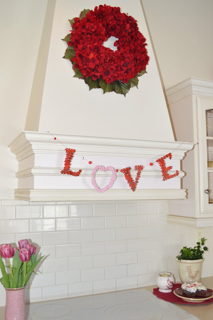 DIY Puzzle Piece Wedding Banner