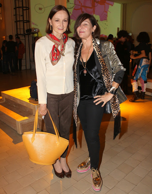 Teresa Anchorena y Ximena Caminos en el Museo de la Inmigración