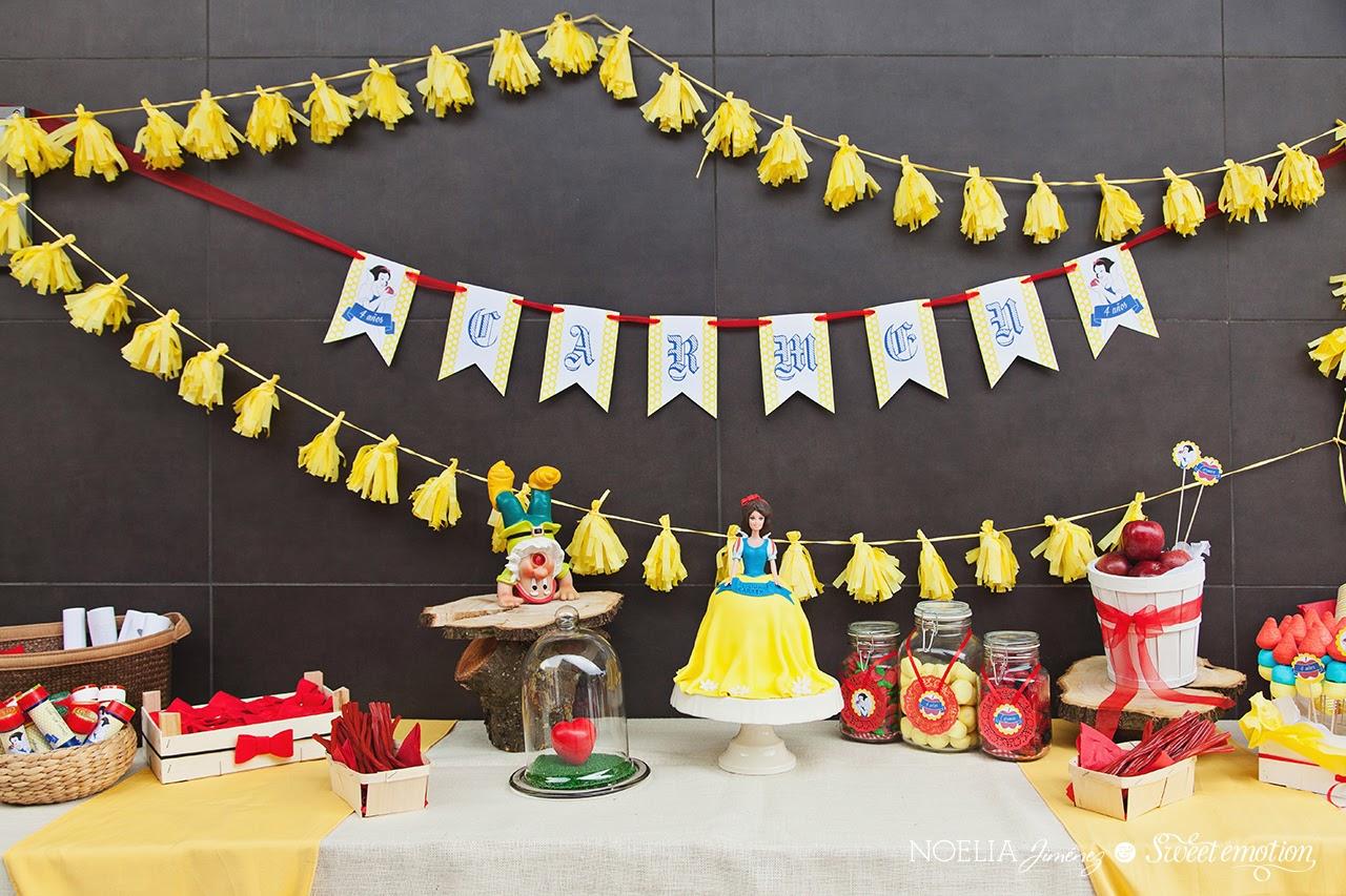 f34433326c384 La tarta fue una Blancanieves en sí misma que encantó a niñas y mayores.