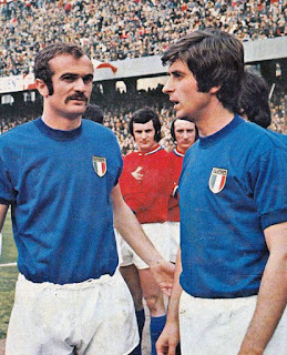 Rivera (right) with his international team-mate and rival in club football, Sandro Mazzola