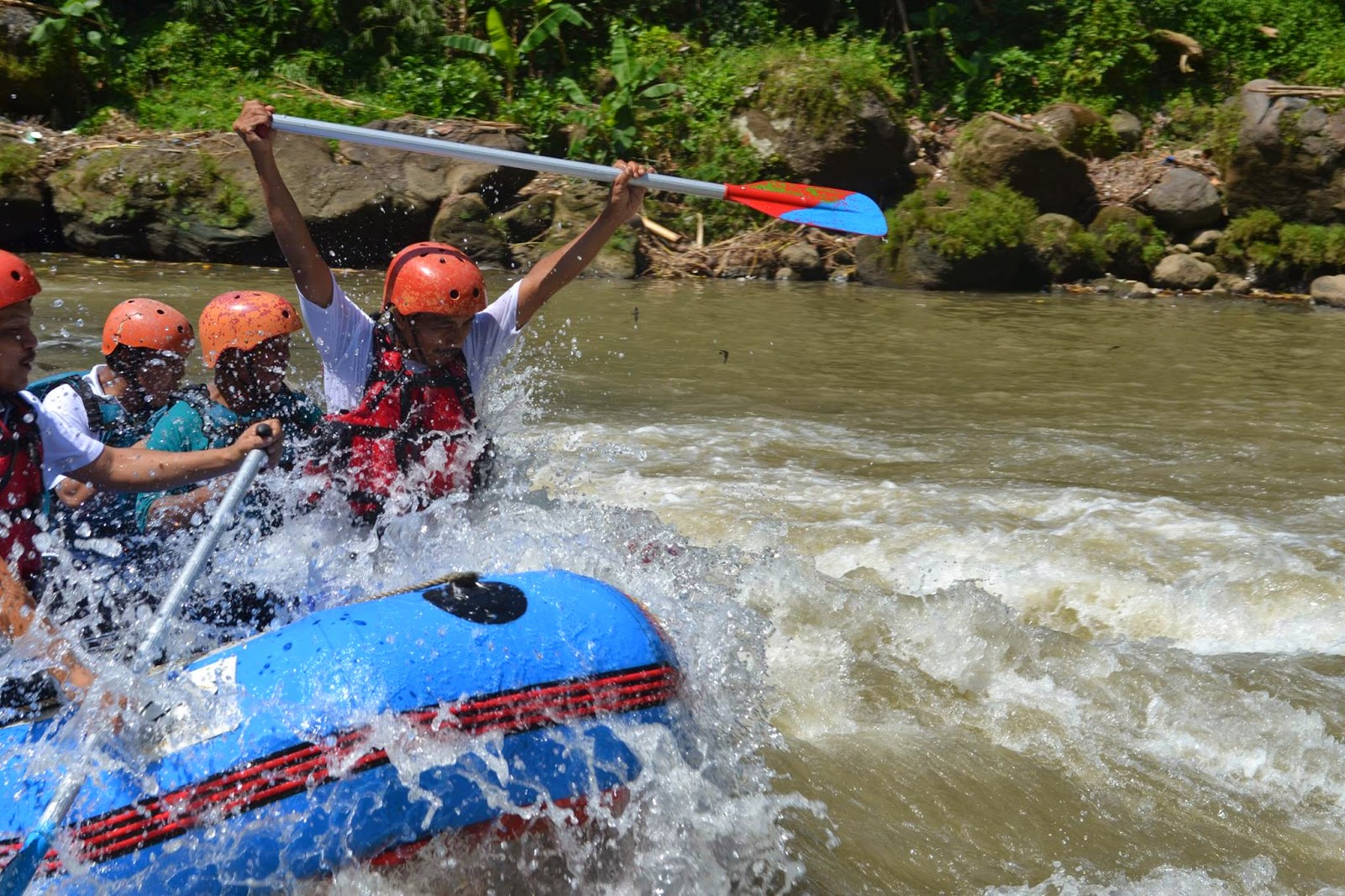 outbound rafting magelang bersama -  madani outbound