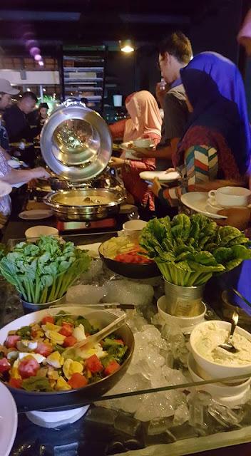 Aneka Soup ,Salad dan masakan ala western