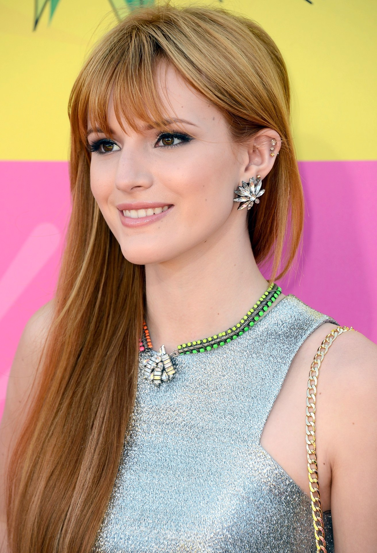 Bella Thorne pictures gallery (114) | Film Actresses