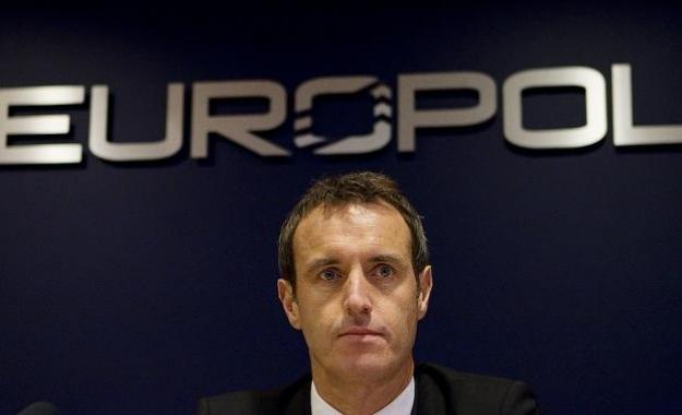Η Europol προειδοποιεί για δίκτυο 5000 τρομοκρατών στην Ευρώπη