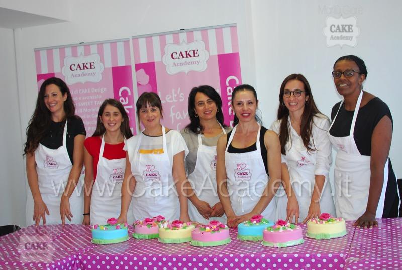 Cake Design Senza Glutine Roma : CAKE ACADEMY ROMA COUTURE STYLE - Corsi, Ricette, Cake ...