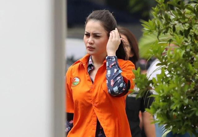 Jennifer Dunn Nangis Kejer Minta Disembuhkan, Netizen: Drama Air Mata Buaya