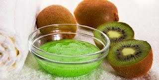 manfaat kiwi Menjaga kulit tetap awet muda