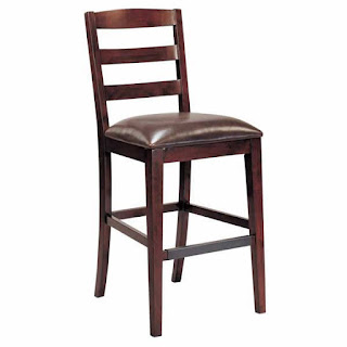 Seno Chair 04 adalah kursi Barstool yang mewah dan menawan
