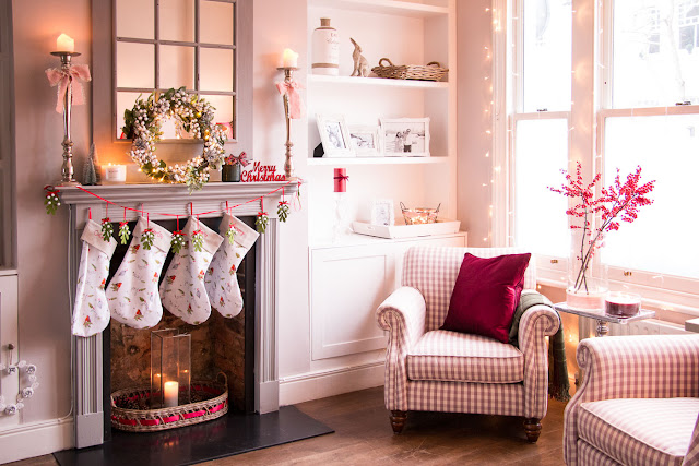 inspirational cosy Christmas decor featuring Laura Ashley autumn/winter 2017 items