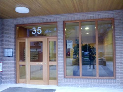 Portal de comunidad muebles cansado zaragoza - Portales de madera ...
