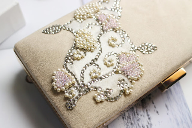 kapriva couture review, kapriva couture handbags, kapriva clutches, Swarovski Element Crystals handbag, Swarovski Element Crystals and Pearls bags, kapriva couture, kapriva couture review