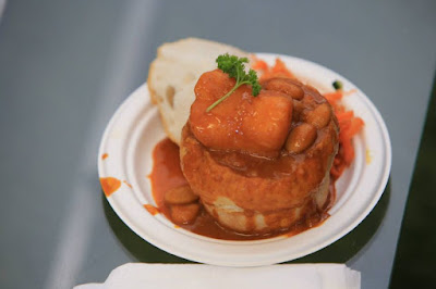 Hollywood Beans Bunny Chow - Taste Of Durban Festival 2015