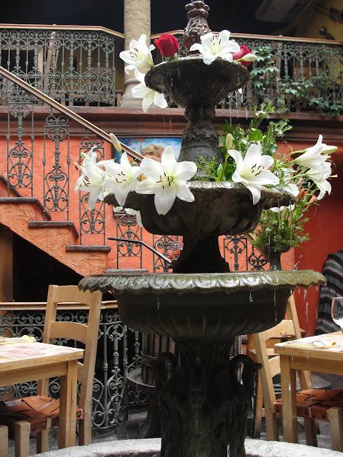Como Agua Para Chocolate, Santiago.