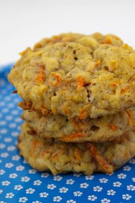The Golden Cookbook: Carrot cookies
