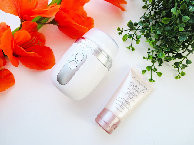 a picture of Clarisonic Mia Fit + Radiance Brush & Cleanser