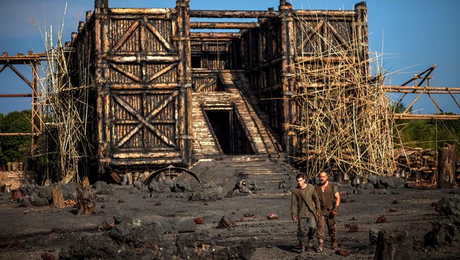 Logan Lerman şi Russell Crowe construiesc Arca lui Noe