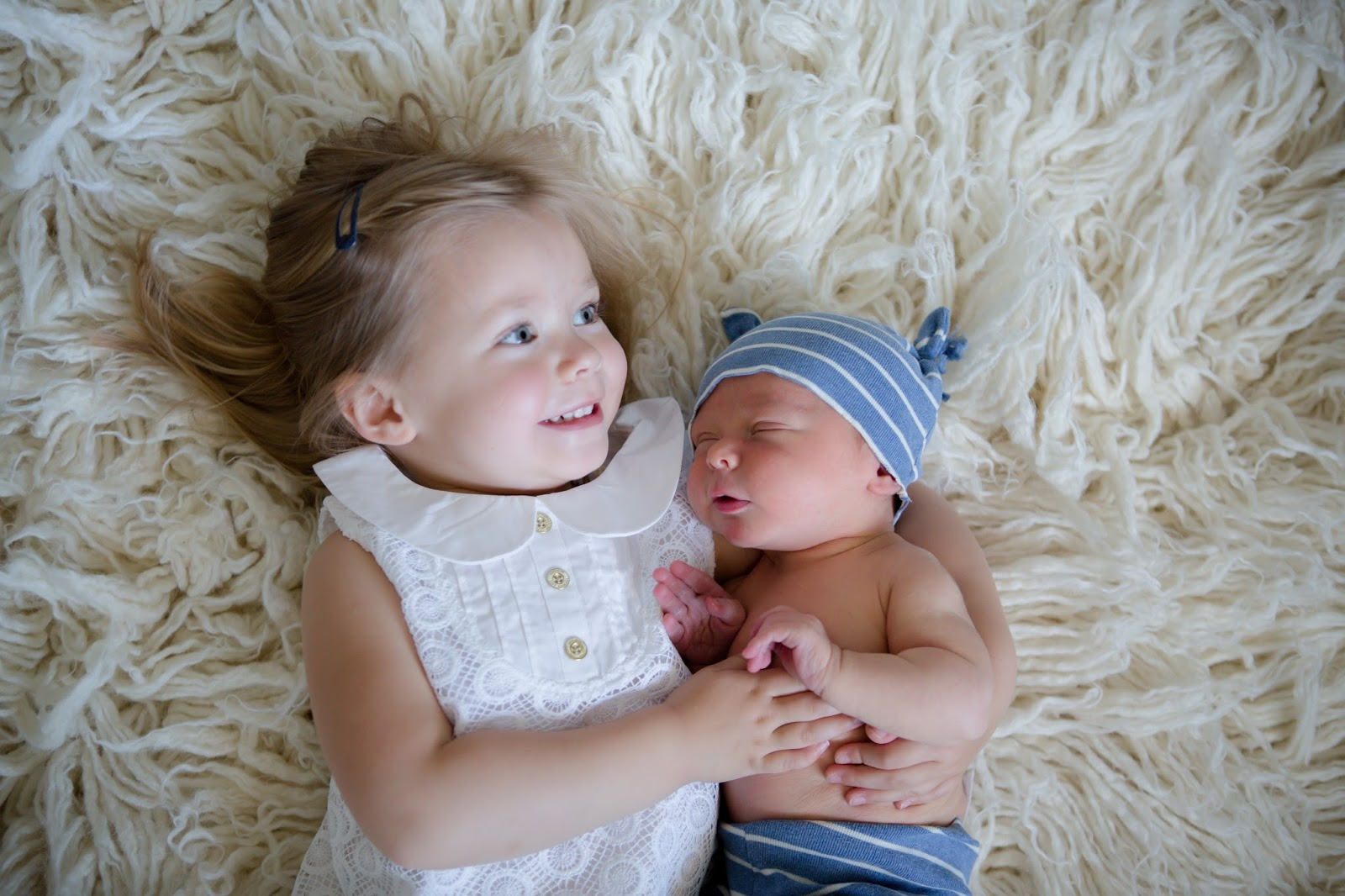 Baby brother big sister newborn photos