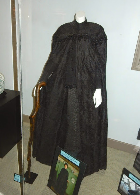 Emma Thompson Nanny McPhee Returns film costume