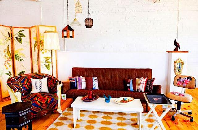 Desain Interior Ruang Tamu Minimalis Warna Cerah Lahan Sempit