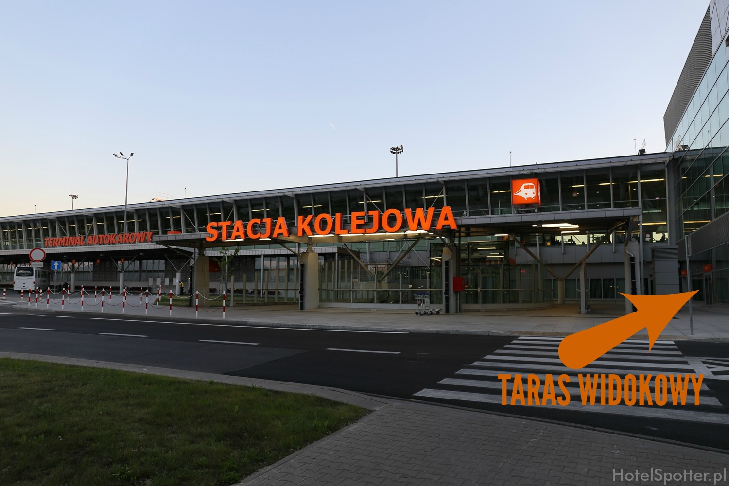 Airport Warsaw Hotel