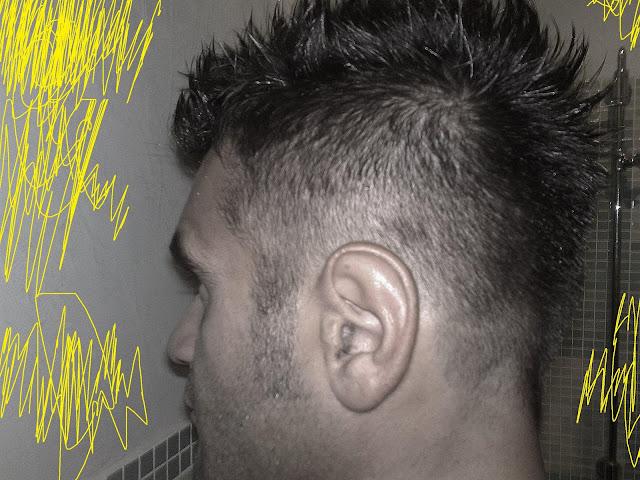 Taglio capelli uomo cresta sfumata