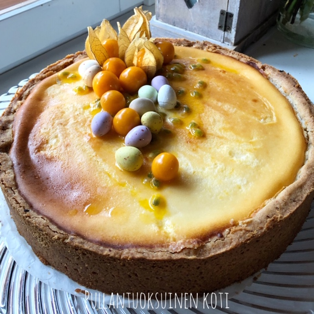 #baking #cake #rahkakakku #rahkapiirakka #cheesecake #juustokakku #easter #pääsiäiskakku #pääsiäinen #leivonta #baking #recipe