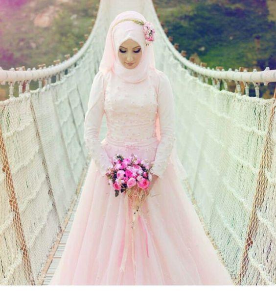 Robe pour mariée musulmane , style 2018/2019