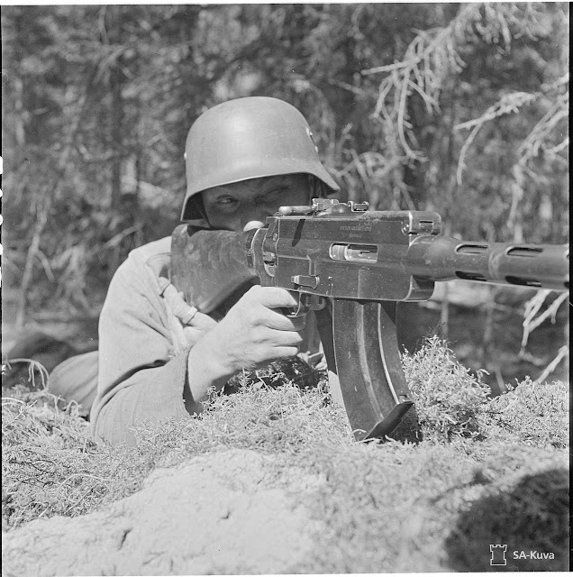 Lahti-Saloranta M/26 light machine gun, 26 August 1941 paulmccartney.filminspector.com