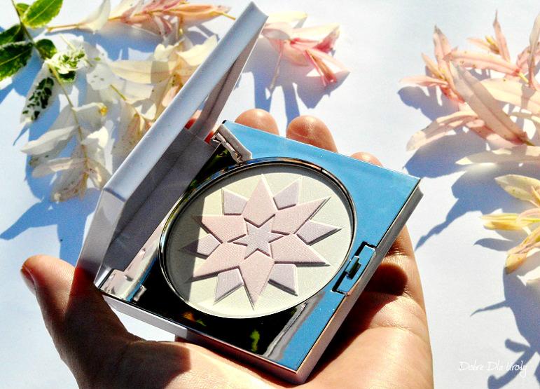 Dr Irena Eris ProVoke Star Shimmer Rozświetlacz w kompakcie makeup cosmetics