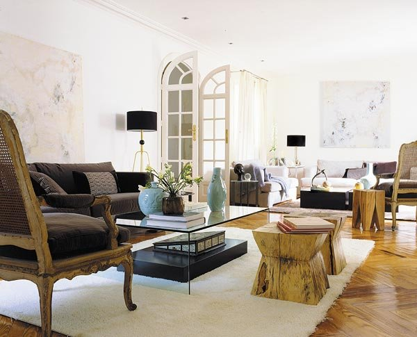 Current Meets Classic Madrid Home living room
