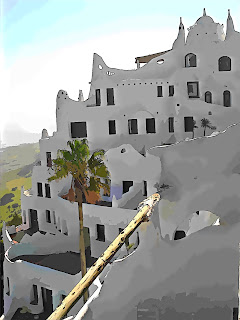 Casa Pueblo: Andares Dispostos em Escada