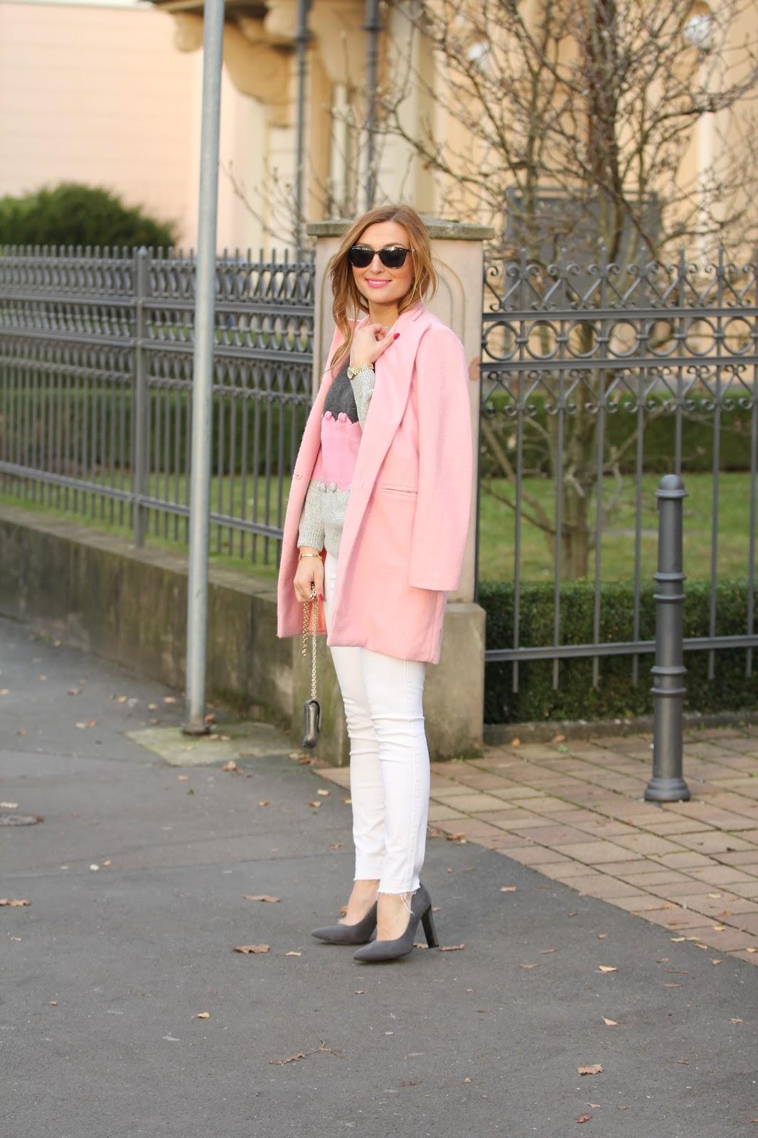 deutsche-fashionblogger-shein-sheinmantel-rosa-mantel-weiße-Hose