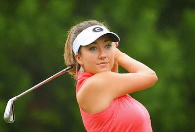 Pro golfer Jillian Hollis
