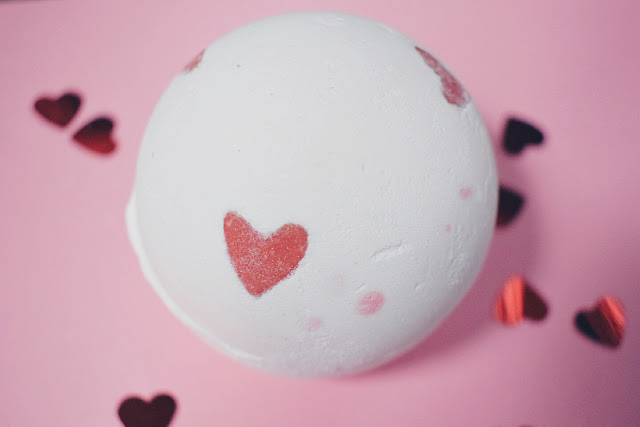lush lover lamp bath bomb