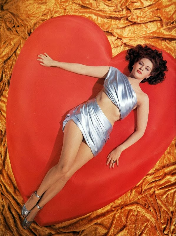 19 Beautiful Vintage Photos Of Hollywood Actress Valentine