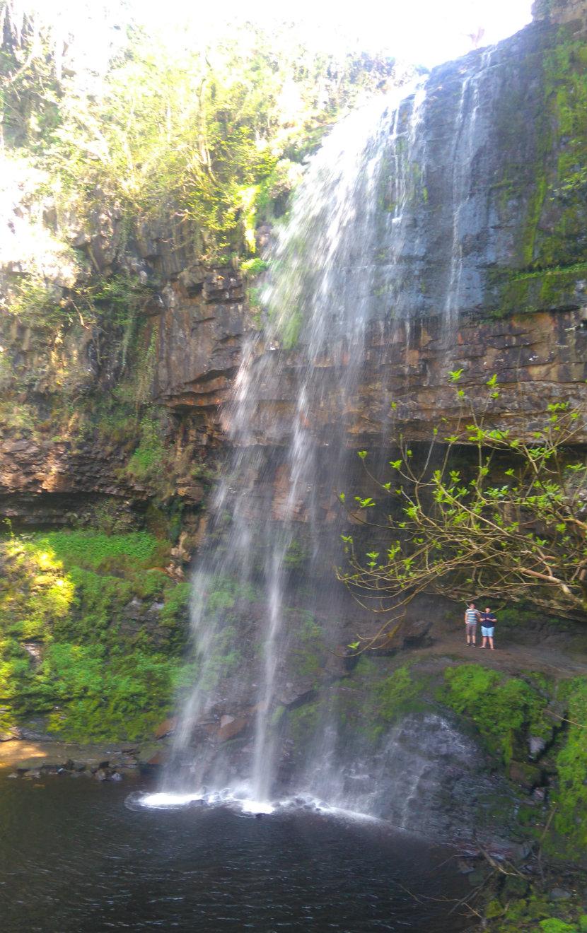 Henryhd Falls