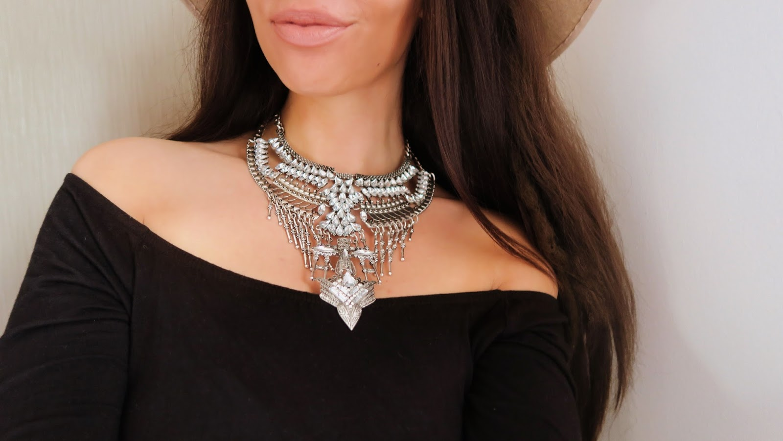 bohemian-necklace-style-happiness-boutique